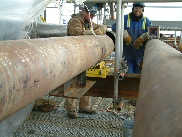 rigging roller industrial pipe