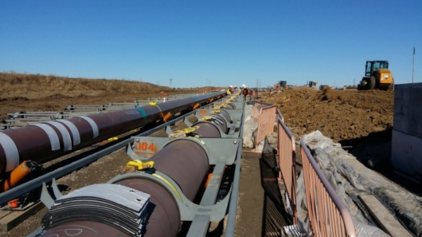 pipeline construction and installation equipment