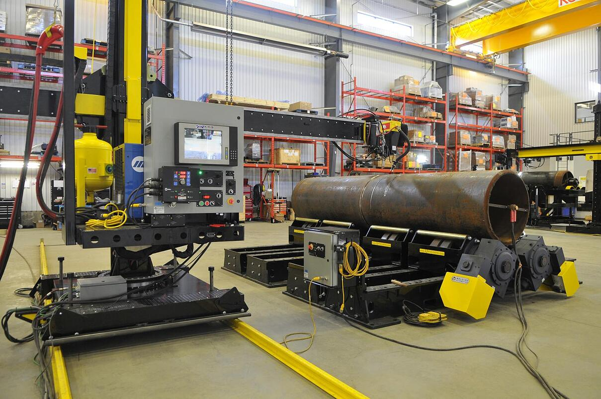 subarc welding manipulator system with vessel turning rolls