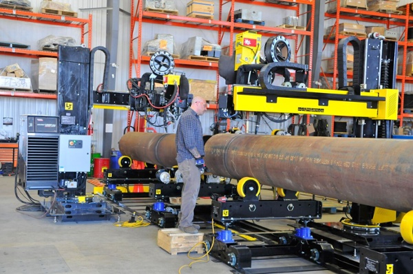 10 ton pipe double jointing turning rolls set with lincoln electric column and boom manipulator system