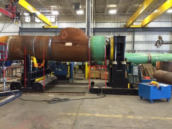 12,000 lbs headstock pipe welding positioner.