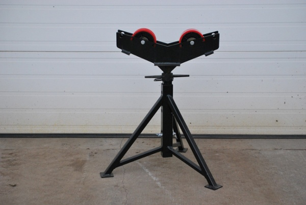 Heavy Duty Tripod Pipe Stands for sale