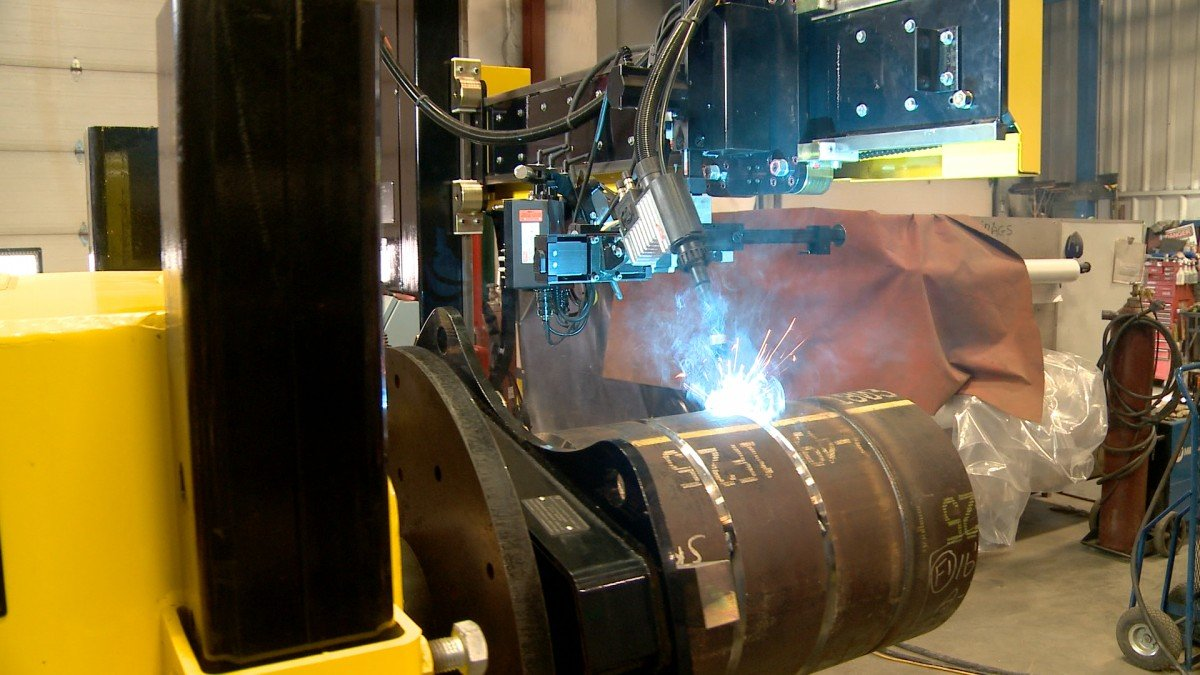 used submerged arc column & boom welding manipulator 4' x 5' model and weld positioner for sale