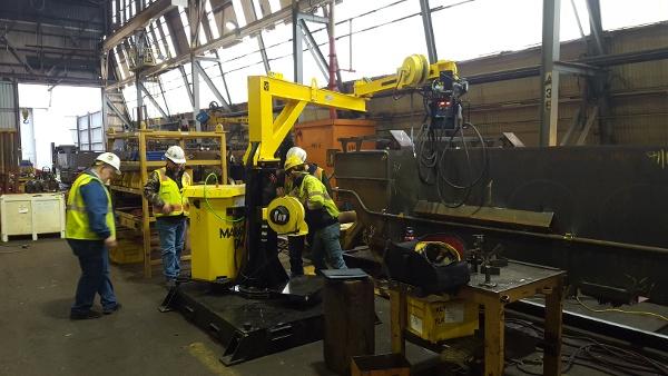 MIG swing arc welding boom