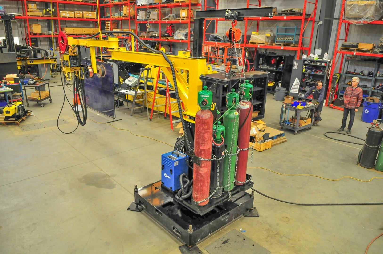 overview image of MIG welding jib boom mount