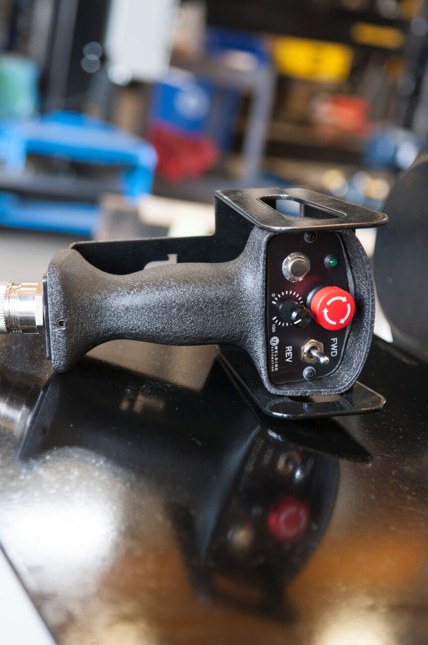 hand pendant for welding manipulator