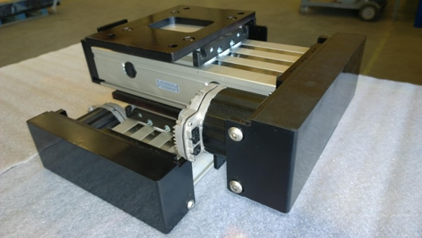 weld manipulator cross slides