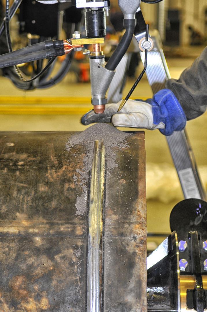 flux feed welding manipulator featured.
