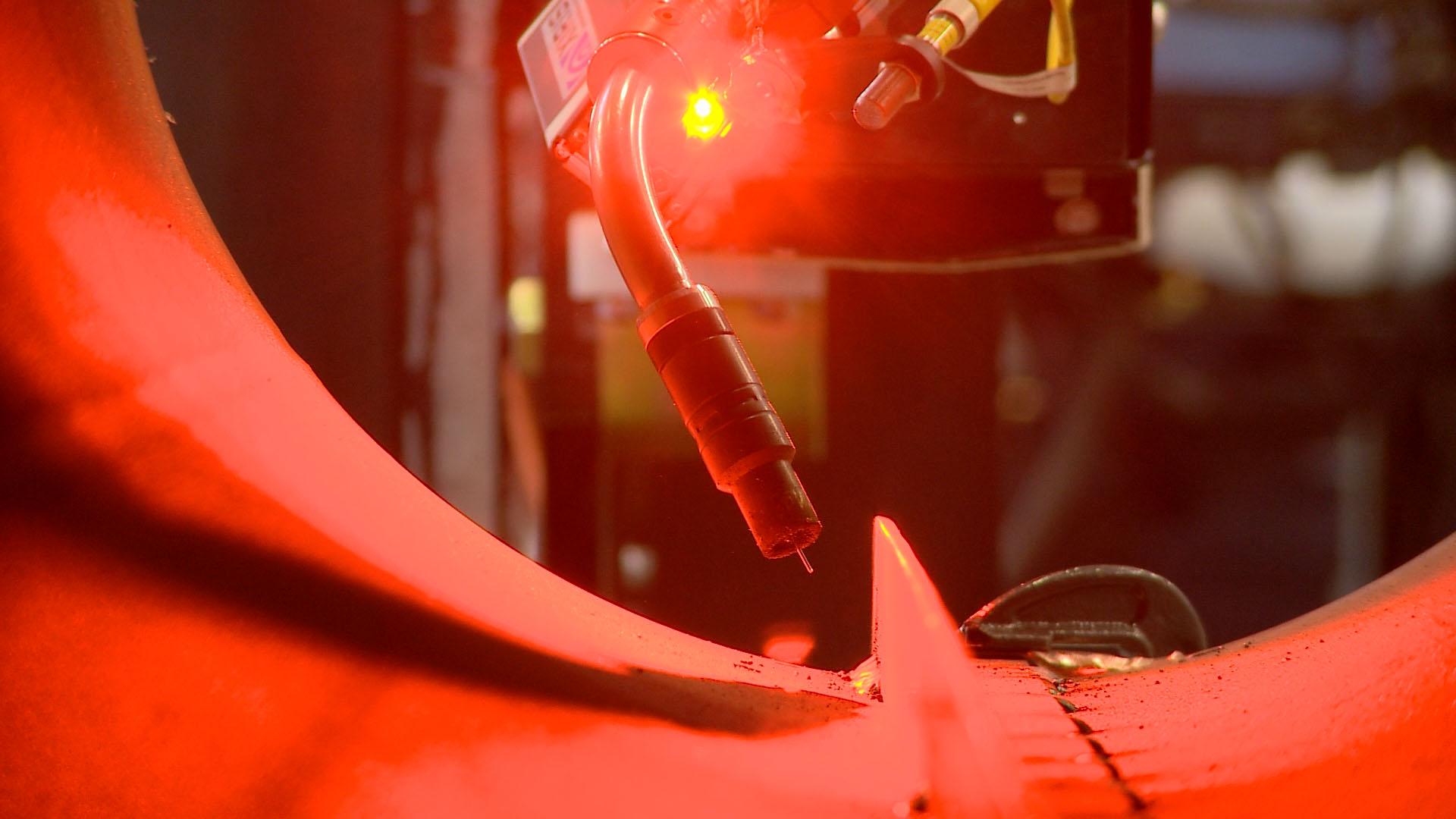 laser seam tracking for a MIG C&B welding manipulator.