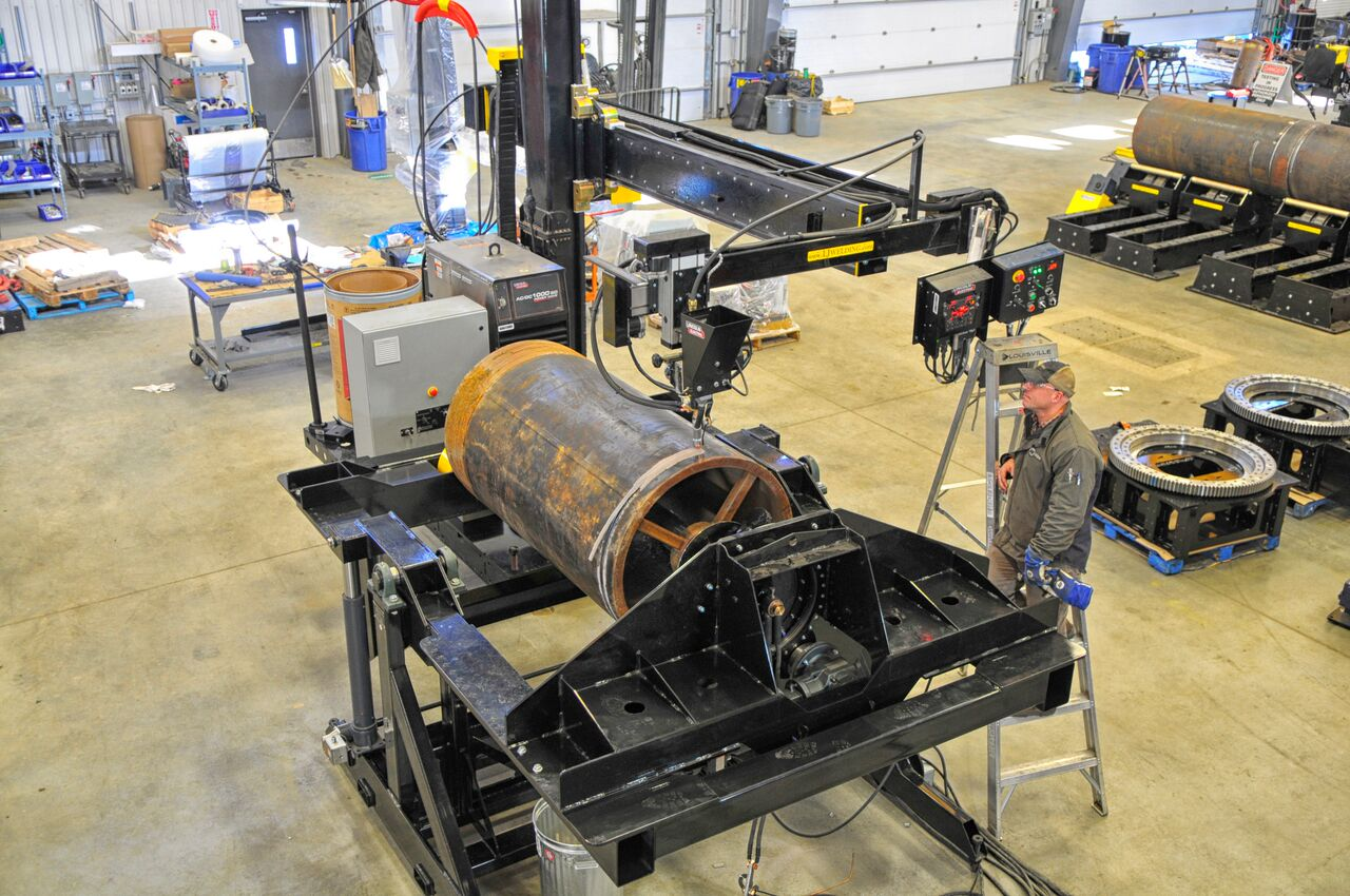 submerged arc lincoln electric column and boom welding manipulator
