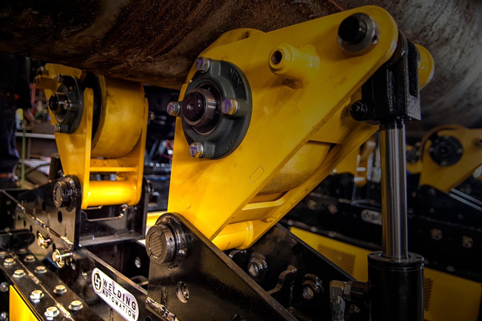 close up of pipe alignment rotators 10TMR