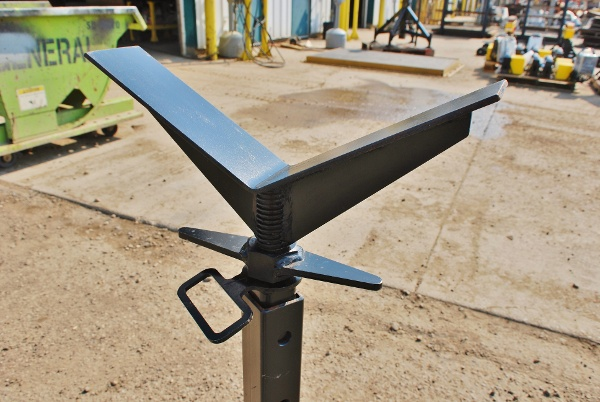 pipe stand for welding