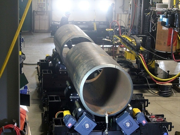 pipe double joining turning roll system with welding manipulator