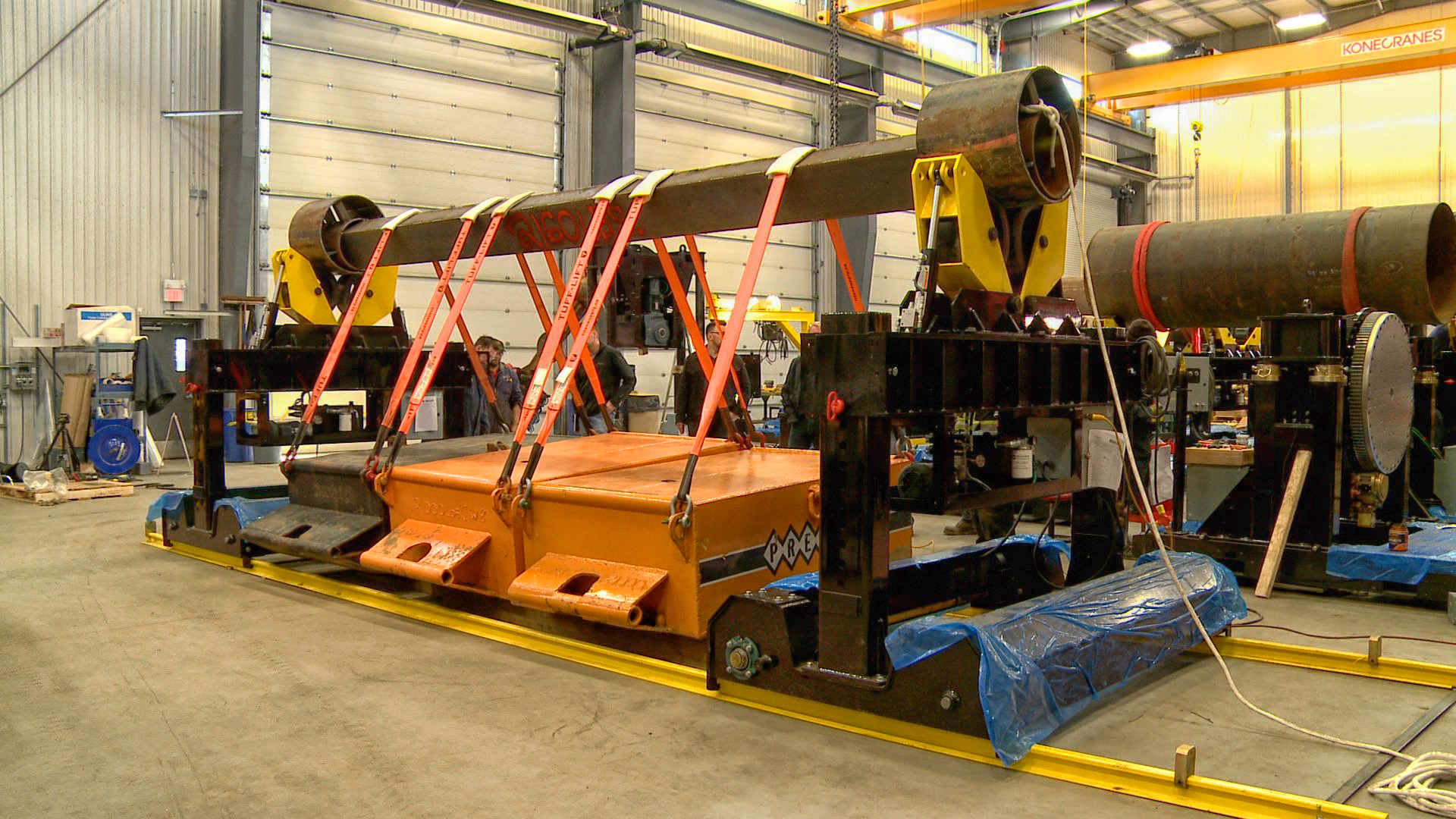 destructive test of pipe double jointing turning roll system