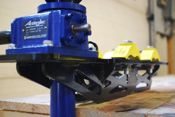pipe rigging jacks for racks