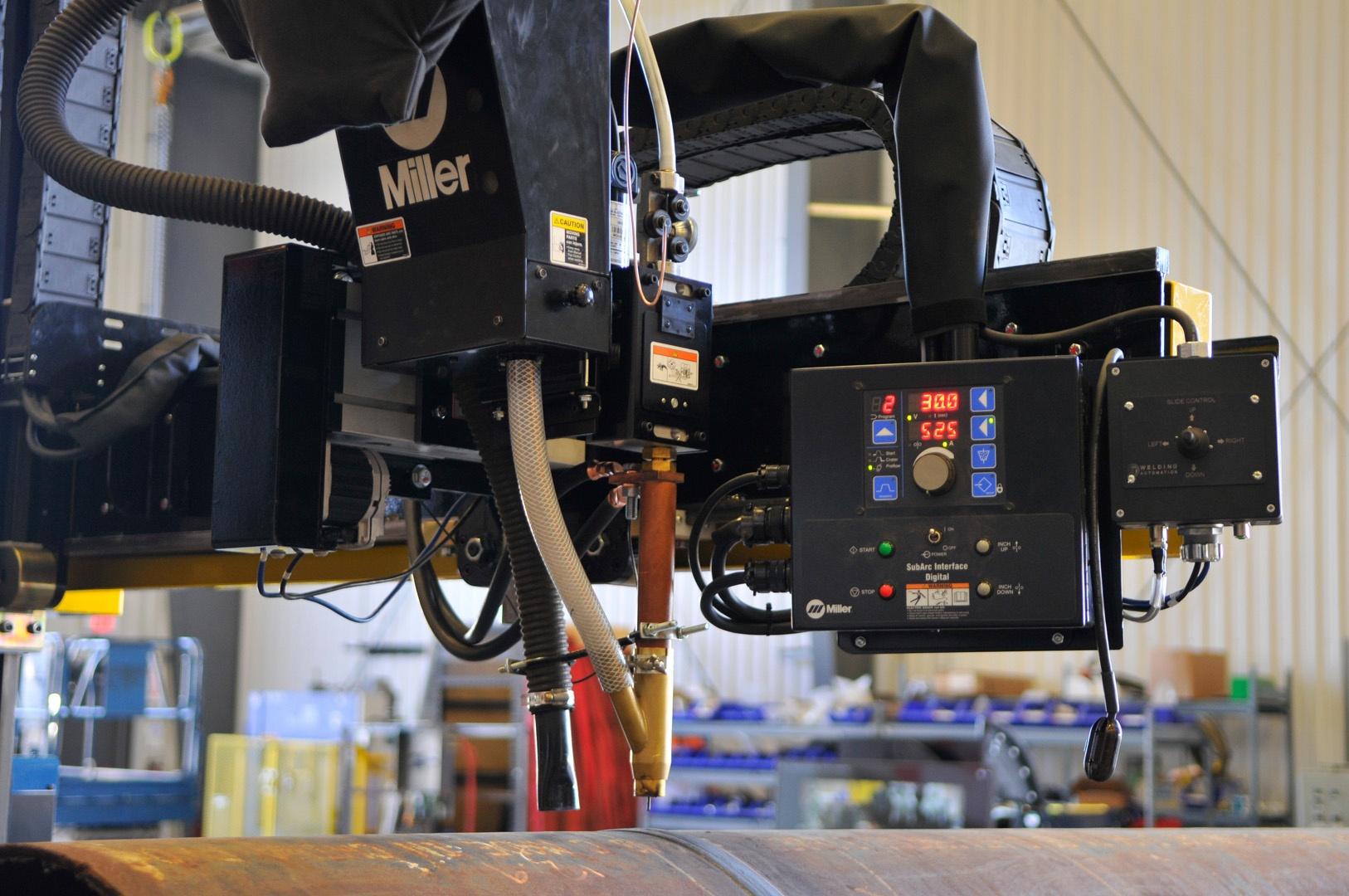 miller boom mounted controls for welding manipulator